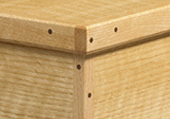 Box Corner with Small Dowels